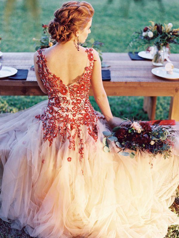 Decoração Vestido De Noiva Cor Marsala Dactylo Móveis De